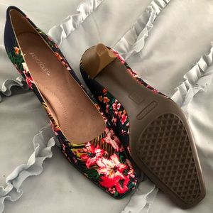 Cute heals for Spring